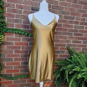 Betsey Johnson gold dress medium